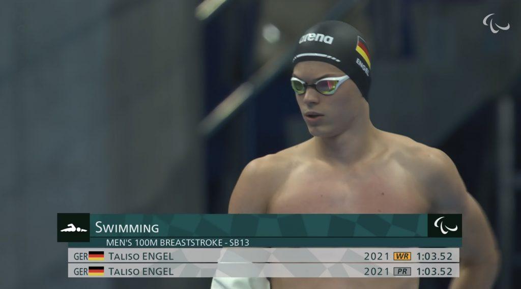 Taliso Engel im Finale der Paralympics über 100 Meter Brust im Tokyo Aquatics Center (Screenshot von paralympic.org)